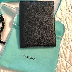 NIB❗️ Tiffany passport holder